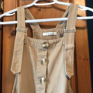 Essue overall dress with tortoise style buttons